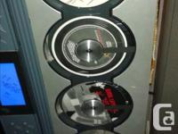THIS SANYO 4 C.D DISK PLAYER/AND AM FM PLAYER,HAS TOWER