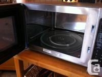 Clean, powerful, multi-setting microwave. We have