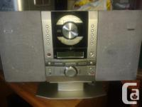 Sanyo CD Player with fm/am radio, an alarm and many