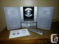 Sanyo MCD-S500GR Stereo System with detachable speakers