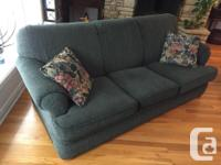 """This Sears """"Whole Home"""" 3-cushion couch is in very good"""