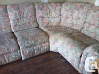 Corner sectional from Lazyboy with 2 reclining chairs