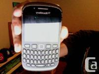 Hi im selling a unlocked Blackberry curve 9320 works