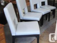 Set of matching 4 dining room chairs as pictured clean