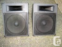 Offering a great set of high quality Speakers Monitor