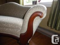 Antique Settee was told from around 1860. Completely