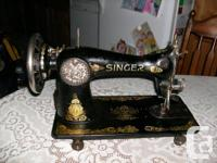 Singer sewing machine head. Good condition. Nice