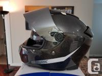 Mint Condition. Not broken in yet. Comes with 3 visors