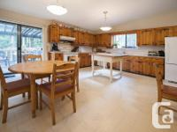 # Bath 2 Sq Ft 1448 MLS 440805 # Bed 3 Country charm in