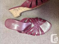 Ladies assorted shoes, mostly brand new. Size 7/8' the