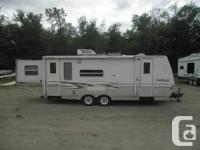 Seeking a searching rig? This 2003 Keystone Light