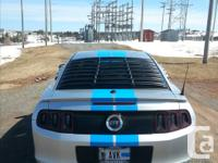 Make Ford Model Mustang Year 2014 Colour silver/blue