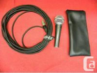 Shure unidirectional dynamic microphone with case and