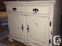 Country style kitchen sideboard. Custom-made chalk
