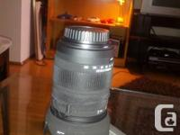 I am Selling a barely used, mint condition lens with
