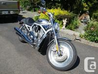 Make Harley Davidson Model V-Rod Year 2003 kms 76000