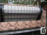 Sofa / Bed in excellent condition. This couch / bed has
