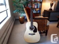 Excellent condition, nicely set-up, solid wood, with