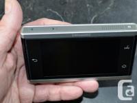 Sirius XM LYNX bundle includes: WiFi portable radio +