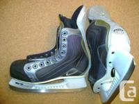 Size 5 Ice Skates ------------------------ CCM Edge 43,
