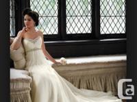 Design: Rhiannon 18255. Colour: Ivory. Size:8. This