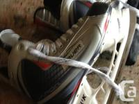 Skates BAUER X 30 mens 10.5 US  BRAND NEW !!!!!!    Now