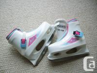 For Sale: Wee women Lil Angel skates (Bauer). Cog