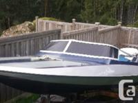Very fast fun little boat. It's a 14' 77' stingray with
