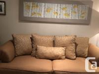 Used sklar peppler sofa set ( couch + love seat) few