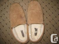 Men's size 12 suede sandals. Outstanding problem. Comes