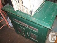 Beautiful vintage forest green  washstand with one