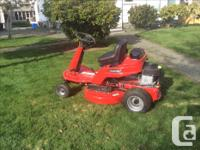 New Snapper Ridu,m Lawnmower Tractor we used it once