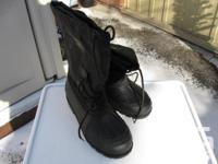 SNOW BOOTS *NEW* size 9.5 men -size 11 ladies, 13 1/2