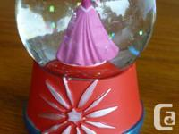 small snow globe Disney Princess Aurora Sleeping