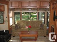 2010 Premium Quality fifth wheel trailer with fully