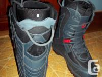 Men's Size 8 LTD Snowboard Boots in excellent, like new