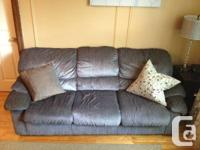 This is a very comfy couch and is in like-new shape,