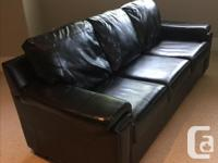 Modern, genuine leather sofa and loveseat. In superb