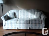 Small apartment dimension couch, just 80 inches wide.