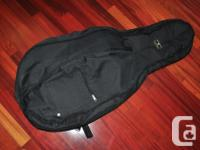Basic black soft case for a 1/8 or 1/4 size cello