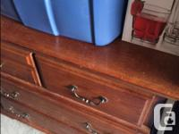 Queen Size sleigh bed w/ box spring no mattress, Chest