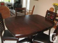 Like new condition contemporary 100% solid hardwood