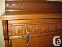 Antique - Solid Oak Murphy Bed Extremely well finished