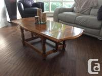 Pristine, original finish maple drop leaf coffee table.