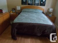 Solid Oak 5-Piece Bedroom Set (Queen) - including