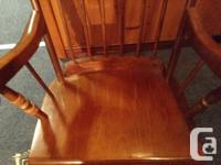 FOR SALE THIS LOVELY SOLID OAK ANTIQUE ROCKING CHAIR