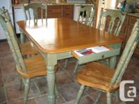 Solid Oak Dining Set made by CANADEL, High Quality