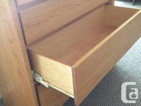 Custom-made 4-drawer chest in solid oak. Perfect for