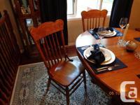 Beautiful Oak Dining Set with 6 press-back chairs and