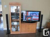 Solid Oak TELEVISION Device in outstanding. Posibility
